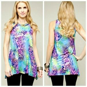 Tops - |SALE| Bold Printed Spring Top