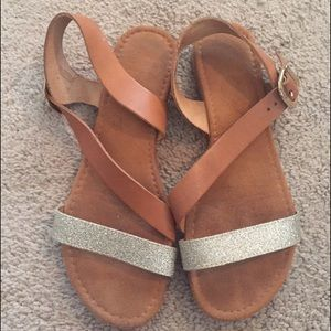 Sotto sopra Shoes - Tan sandals