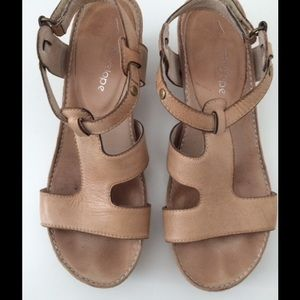Antelope Shoes - Antelope Platform Sandals