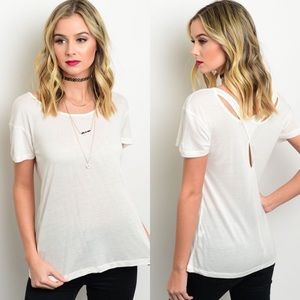Boutique Tops - 🎉CLEARANCE🎉 Ivory Wrap Back Short Sleeve Top
