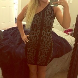 bebe Dresses & Skirts - SALE 🎉 Tight BEBE Cheetah Dress