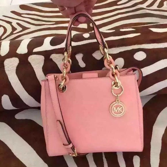 ab6b1e90d4ab Michael Kors Bags | Nwt Small Cynthia Bag In Pale Pink | Poshmark