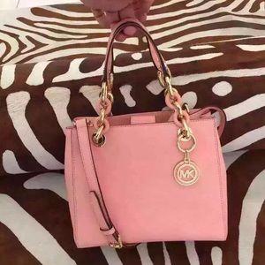 NWT Michael Kors small Cynthia bag in pale pink