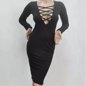 Dresses & Skirts - Sexy Black body-con