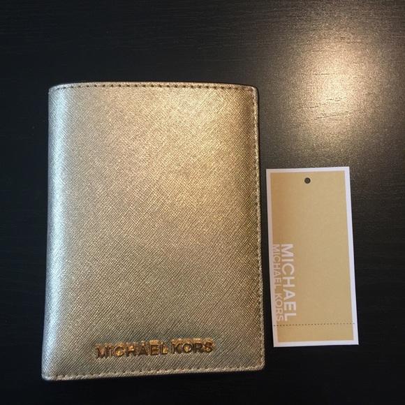 9898801aa1bd MICHAEL Michael Kors Accessories | Nwt Michael Kors Jet Set Passport ...
