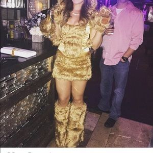 Be Wicked golden bear costume
