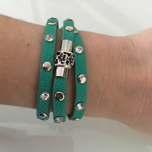 Jewelry - Green Color Leather Bracelet.