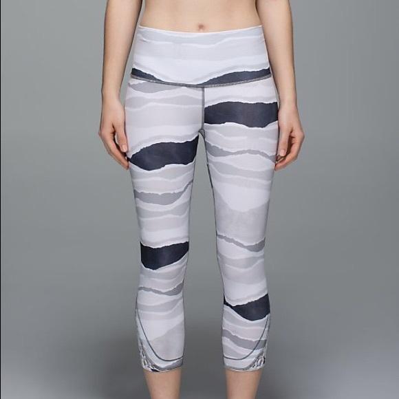 lululemon athletica Pants - Lululemon True Self Crop