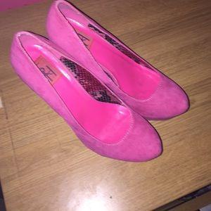 Shoes - Pink Pumps