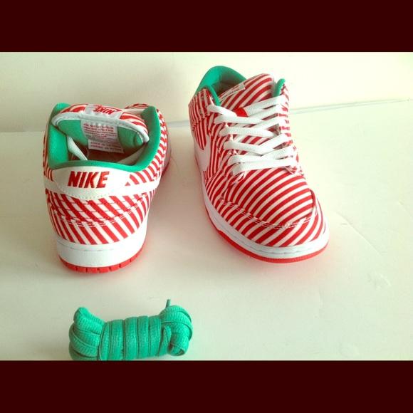 classic fit e284f ff965 ... SB Candy Cane Christmas. M 5722940c5a49d0b9d500e875