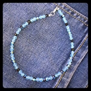 ⤵️⤵️NWOT Austrian crystals  Anklet