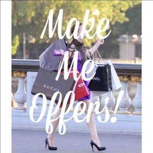 Dresses & Skirts - Spring sale make me offers 💃🏽