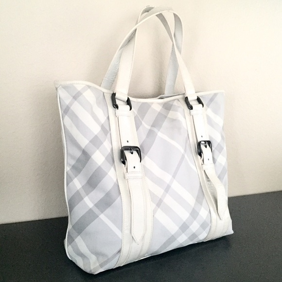 2351af7041bb Burberry Handbags - Authentic Burberry White   Gray Nylon Check Tote