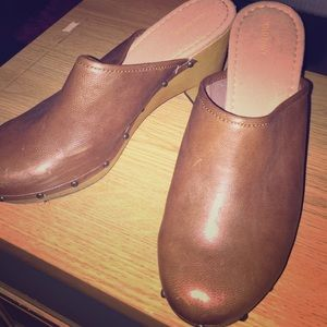 Shoes - Old Navy Clogs