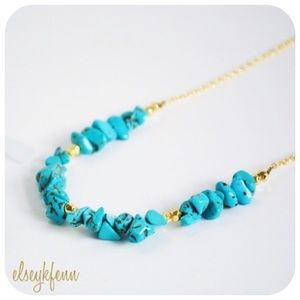 Function & Fringe Jewelry - ✂️CLEARANCE Turquoise Natural Stone Chip Necklace