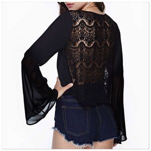 Tops - 🎉2XHost Pick🎉 Long Sleeve Embroidery Lace Blouse
