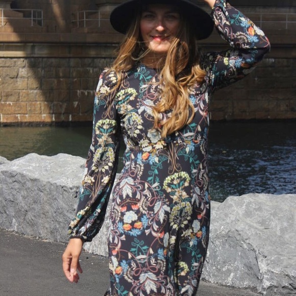 4ffbf90d Zara Dresses | Floral Midi Dress Size Large | Poshmark