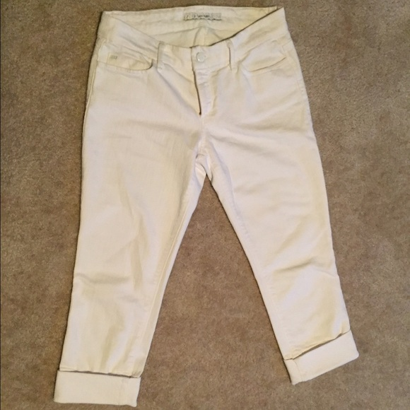 69% off Joe's Jeans Denim - Joe's Jeans White Stretch Capris - Sz ...