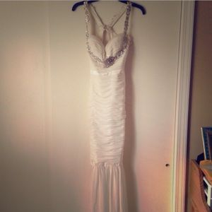 Faviana Dresses & Skirts - White Faviana Gown Size 2-4