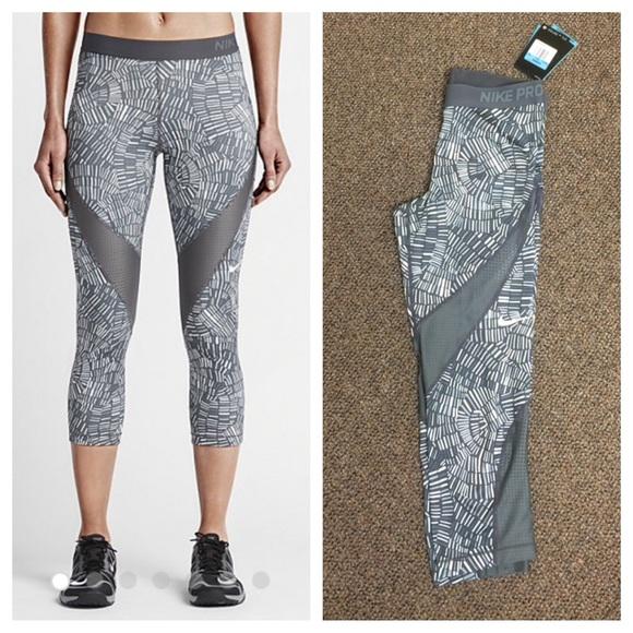 85cb9432814849 Nike Pants | Nwt Pro Hypercool Tidal Training Leggings Med | Poshmark