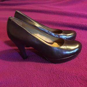 Nurture heels