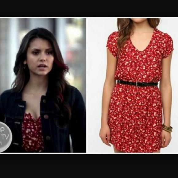 8c63536dd1c2 Kimchi Blue Dresses & Skirts - Kimchi Blue silky Sabrina shirt dress red  floral