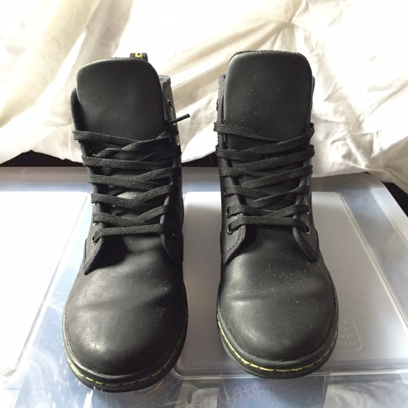 Dr. Martens Shoes | Black Leather