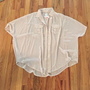 Sheet blouse NWT ONE SIZE