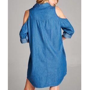 ed08182477b0a Bellanblue Dresses - 🆕CARABELLE open shoulder denim shirt dress MED
