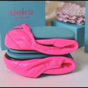 ISO Pop Pink Tieks size 7 please!! 