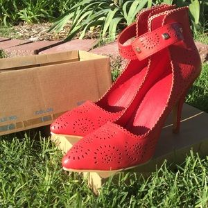 Leuven Alexander Shoes - Beautiful Red Soft Perfect Fritzi perforated pump.