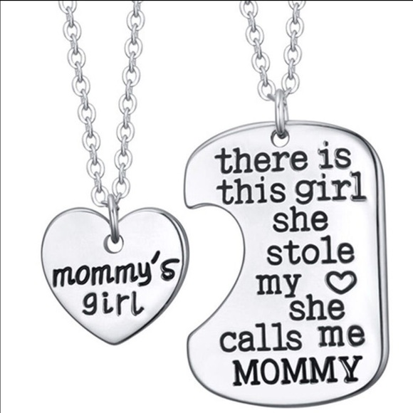 Mommys Girl  Pc Necklace Set