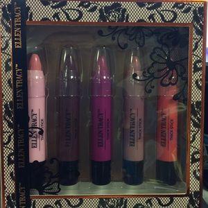 Ellen Tracy 5 pieces of thick stick lip color.