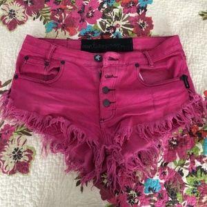 One teaspoon RARE pink denim shorts! Sz 26