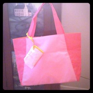 Clinique Handbags - Large Clinique Tote 💝Reduced