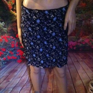 New size 12 gap floral skirt rayon