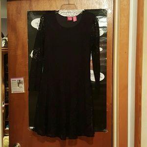 Thalia Sodi Dresses & Skirts - Lace dress