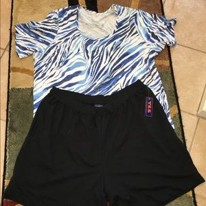 Yes Pants - PRICE DROP $15 YES PLUS SIZE SHORTS/TOP