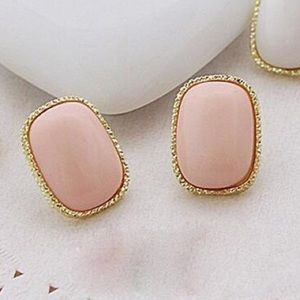 ☀️SALE☀️ Pink plated statement earring
