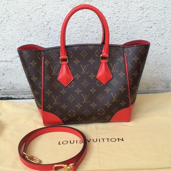 Louis Vuitton Handbags - Louis Vuitton Phenix Pm Tote 9918d602a7