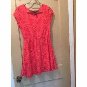 Dresses & Skirts - Pink summer dress! 💕