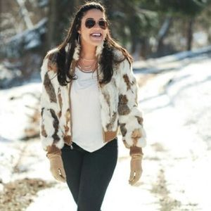 Wilsons Leather Jackets & Coats - 🐰 Rabbit Fur Wilson's Leather Bomber Jacket 🐰