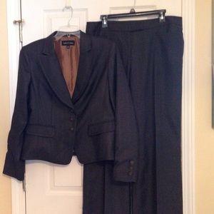 Gorgeous Gray & Brown Pantsuit
