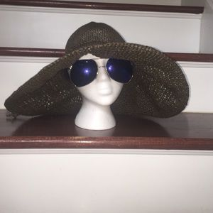 GAP Other - GAP Brown Woven Paper Floppy Summer Floppy Hat 😘