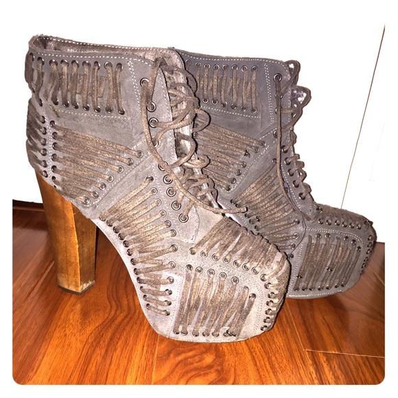 61 off jeffrey campbell shoes jeffrey campbell lita bootie size 8 from taylor 39 s closet on. Black Bedroom Furniture Sets. Home Design Ideas