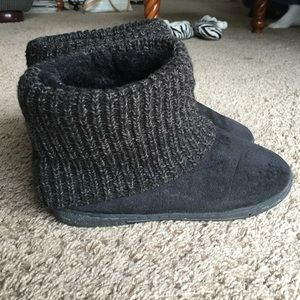 Airwalk Shoes - Fixer-Upper Black Slipper Boots