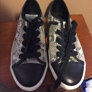Kurt geiger Shoes - Snakeskin sneakers