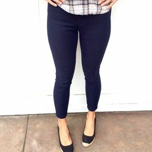 Navy blue Capri pants