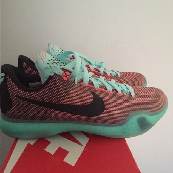 Brand new Authentic Kobe Bryant Sneakers
