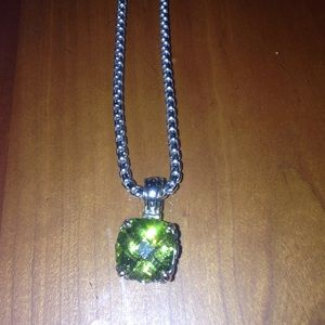 Jewelry - green stone necklace with chain